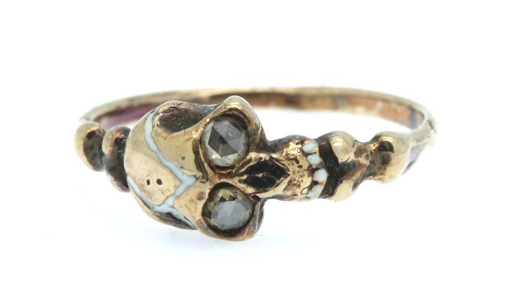 A Stunning Memento Mori Skull & Rose Cut Diamond Ring Circa 1800's