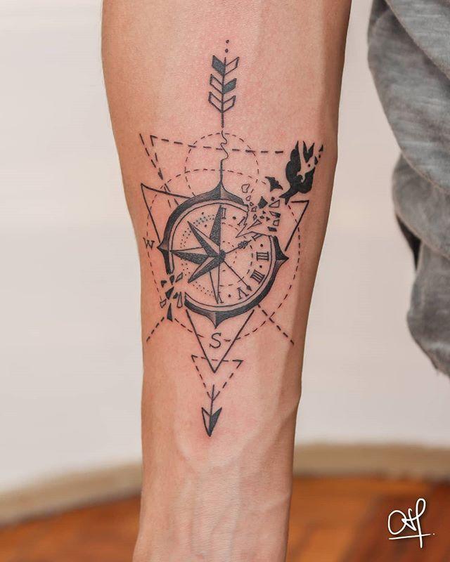 Brujula Y Geometria Tattoo Linework Blacktattoo