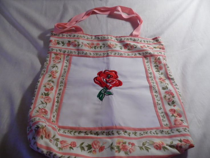 Tote bag machine embroidered rose on front