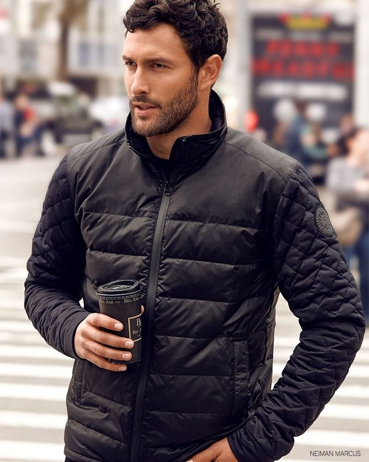 Noah Mills - I just wanna dribble that coffee down and lick it off, yummy!