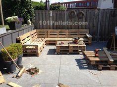 Ideal Pallet Lounge Set | 101 Pallets