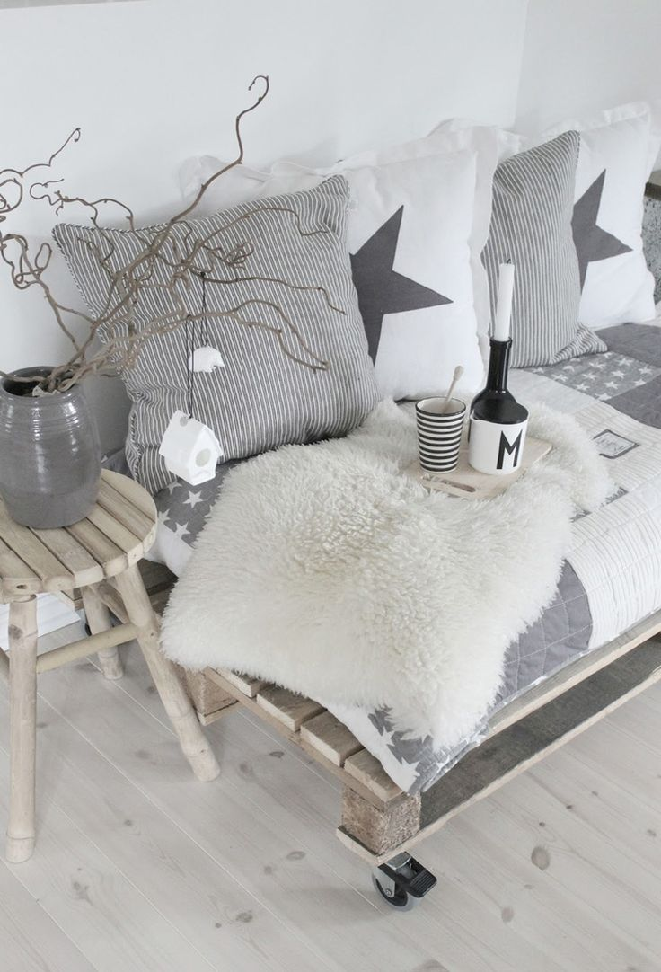 grey scandinavian christmas house pallets christmas decor idea