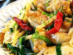 ■鶏肉とニラもやしの中華風炒め物■の画像