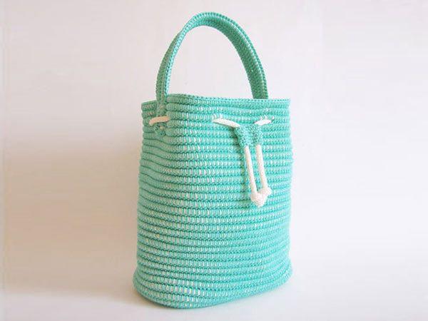 Drawstring Bag crochet pattern by Chabepatterns