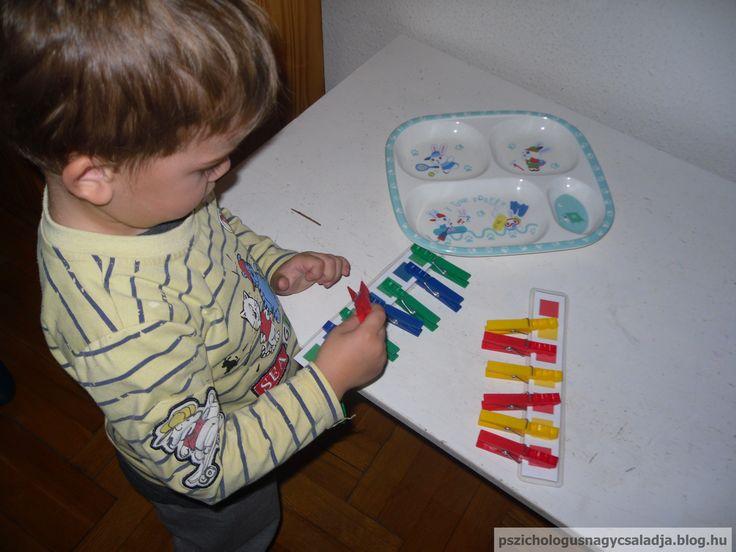 Montessori tálca, színek, sorozat, finommotorika
