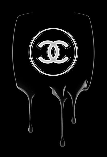 Chanel Varnish black