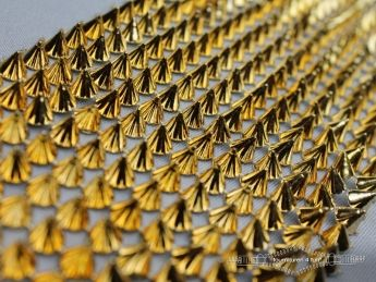 Strass band 100mm spikes goud