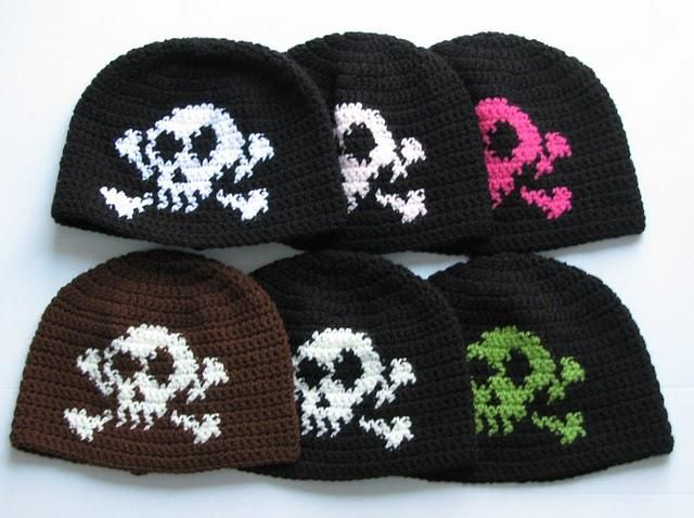 Шапка с черепом вязание