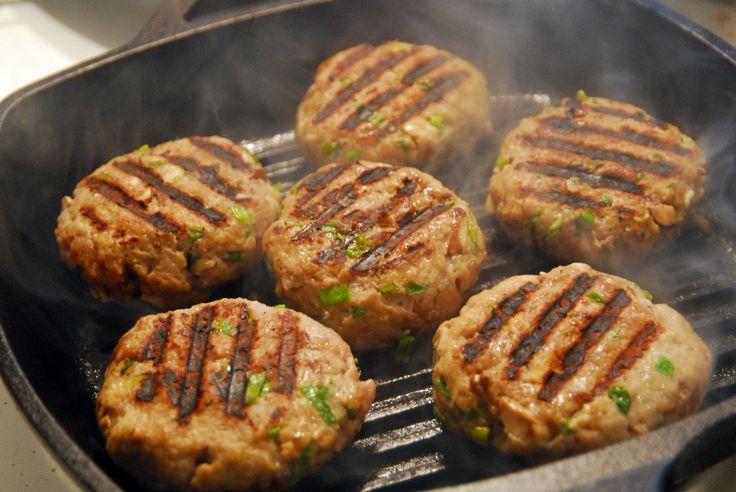 POWER SNACK: PALEO TURKEY BURGERS RECIPE - Paleo Recipes