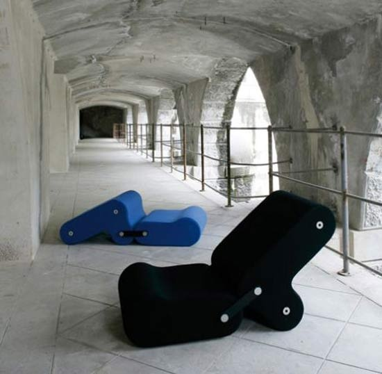 Modern Multichair Design For Indoor And Outdoor Furniture By Joe Colombo U2013  Black And Blue (Italiaanse Golf) Design