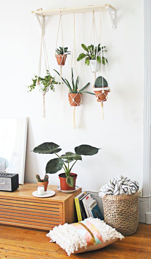 DIY Jardin suspendu.   Rassembler plusieurs suspensions pour plantes en un même endroit . Décoration green et bohème. Mademoiselle Claudine  /  DIY Garden suspended.  Gather several plant suspensions in one place. Decoration green and bohemian. Mademoiselle Claudine