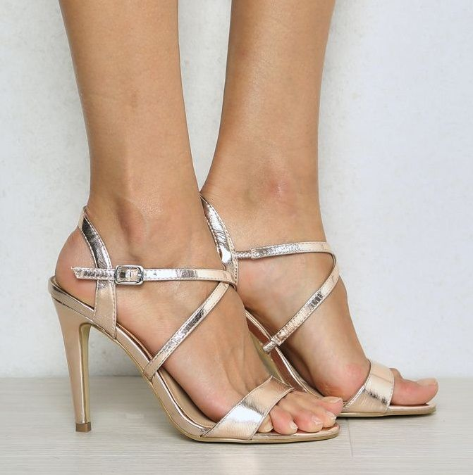 These ROSE GOLD strappy heels not only have the stylish sexy going on they are also at a comfy height.  Great for colour for bridesmaids for most wedding themes