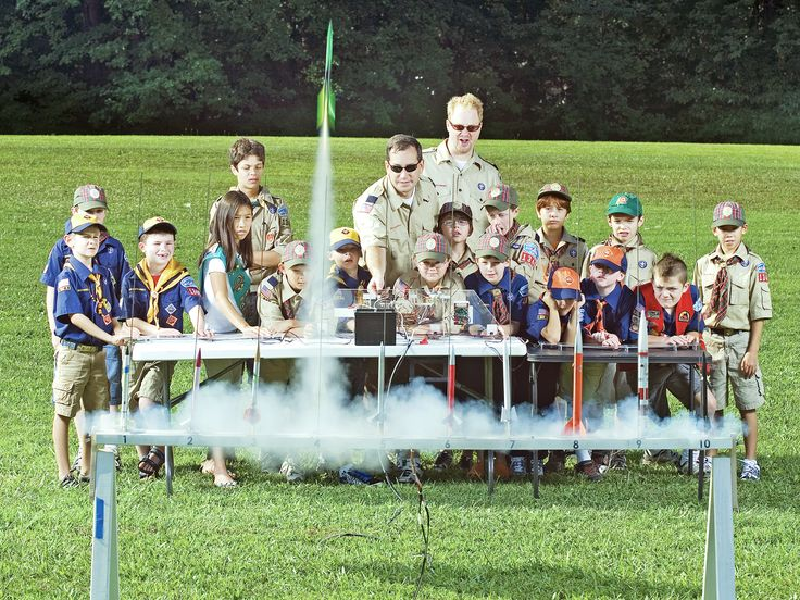10-Rail Model Rocket Mega-Launcher — DIY How-to from Make: Projects