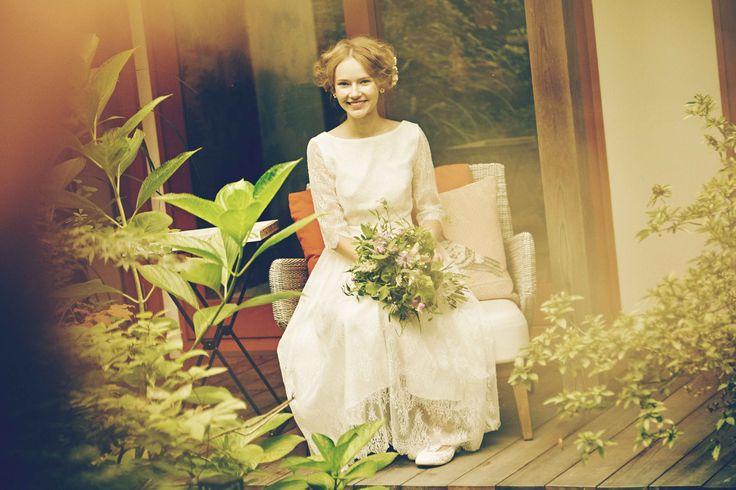 AYUMI BRIDAL  WEDDING DRESS