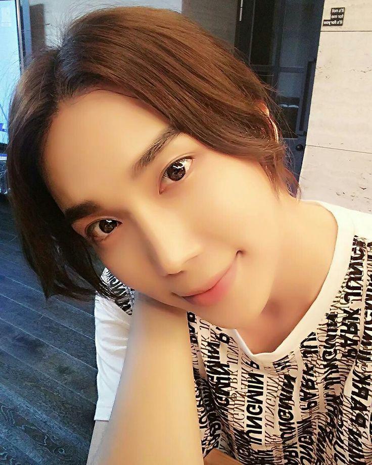 Park jung min IG update_ 6 Days left😃😍😄😇💚❤💚❤ 17.06.25