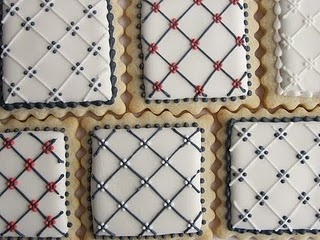 Patterned cookies -- to practise thin straight lines