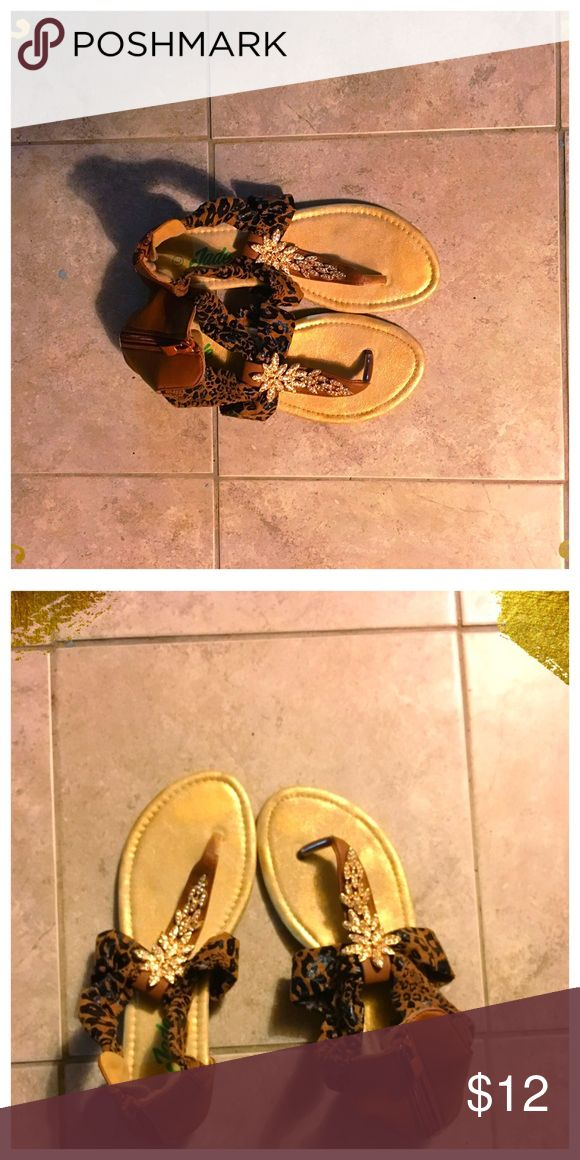 🐯Leopard Print Sandals🐯 SZ 7 Size 7 leopard print sandals. Sooo cute! I hate to part with them as I've only worn them twice and never outside but I need space and clearing out my closet ❤️❤️ Shoes Sandals