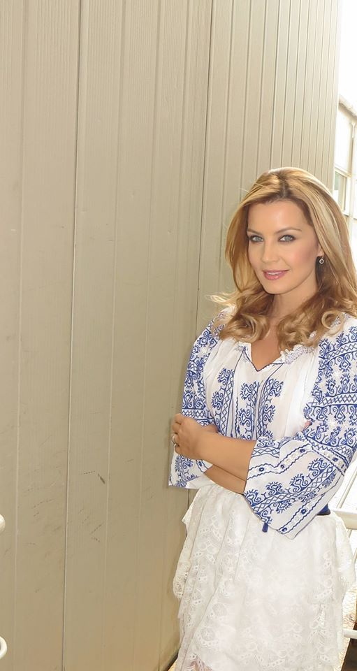 Beautiful Romanian Blouse<3 #romanianlabel #romanianblouse @MonicaDascaluTvPresenter