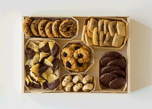 Cookie Box / Image via: Spoon Fork Bacon #gifts