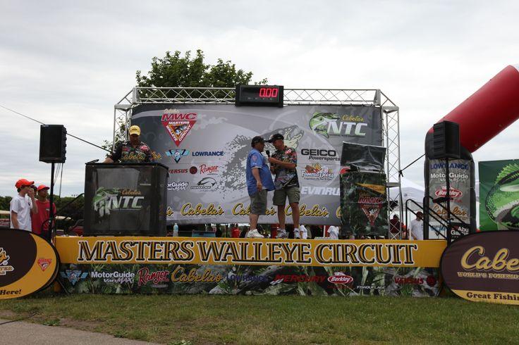 Fishing tournament on lake winnebago in oshkosh wi for Wisconsin fishing tournaments