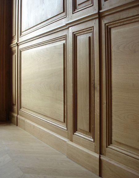 Zoom sur des boiseries murales - détail des pilastres