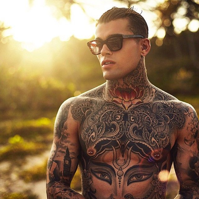 STEPHEN JAMES @whoiselijah @thomasroyalldn #...Instagram photo | Websta (Webstagram)