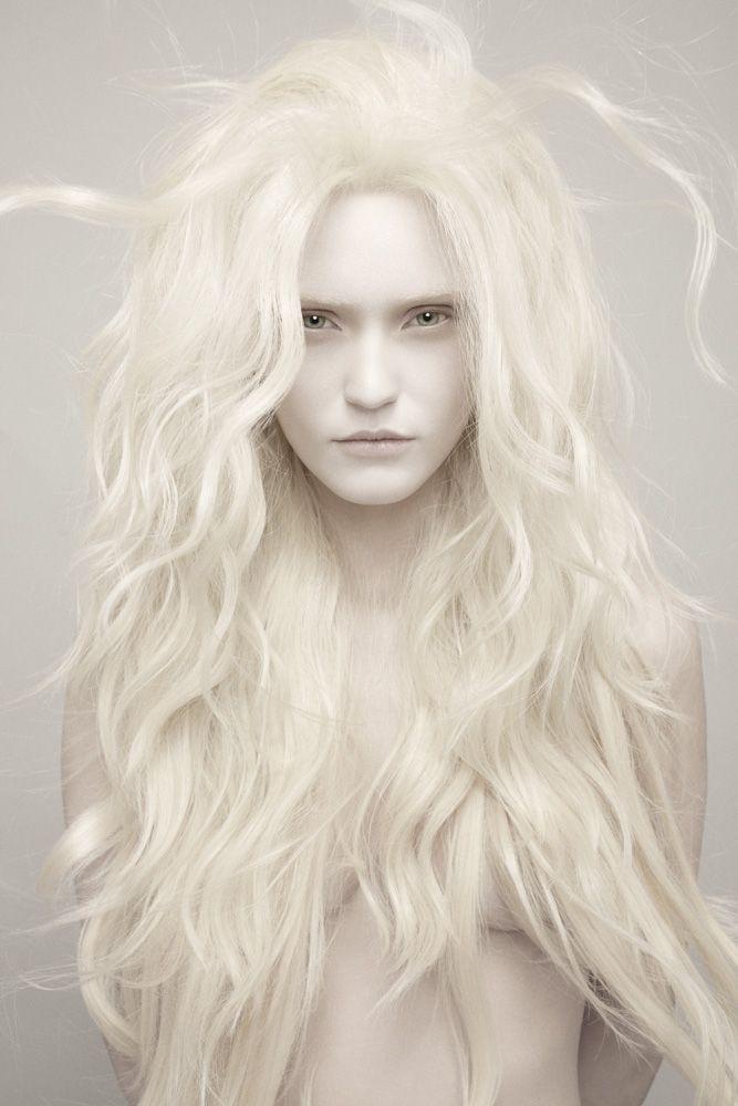 Portfolio | Garceche  Gorgeous high key portrait!