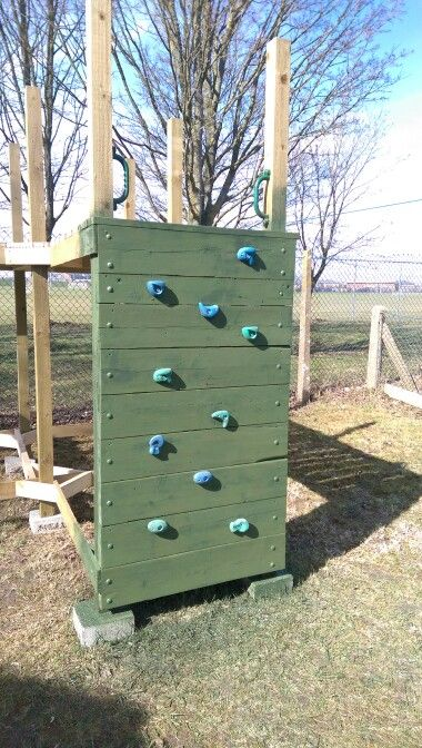 Play house fort climbing wall