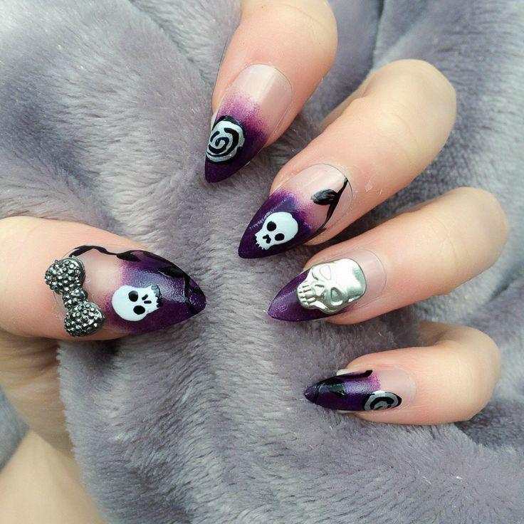 Fine Gothic Almond Nails Component - Nail Art Ideas - morihati.com