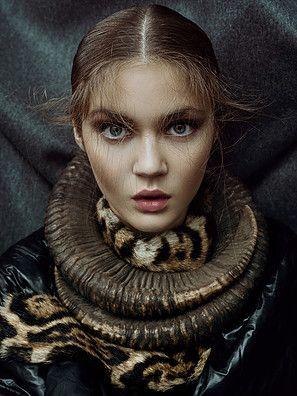 EDITORIAL make-up  photo by Lukáš Dvořák styling by Olo Křížová