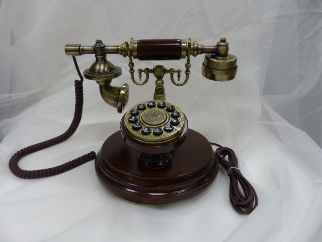 Antique look phone - brown and antique gold - and it works!
