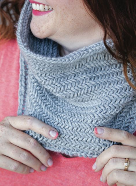 1 Hour Herringbone Cowl by CraftsyPatterns | Knitting Pattern - Looking for your next project? You're going to love 1 Hour Herringbone Cowl by designer CraftsyPatterns. - via @Craftsy