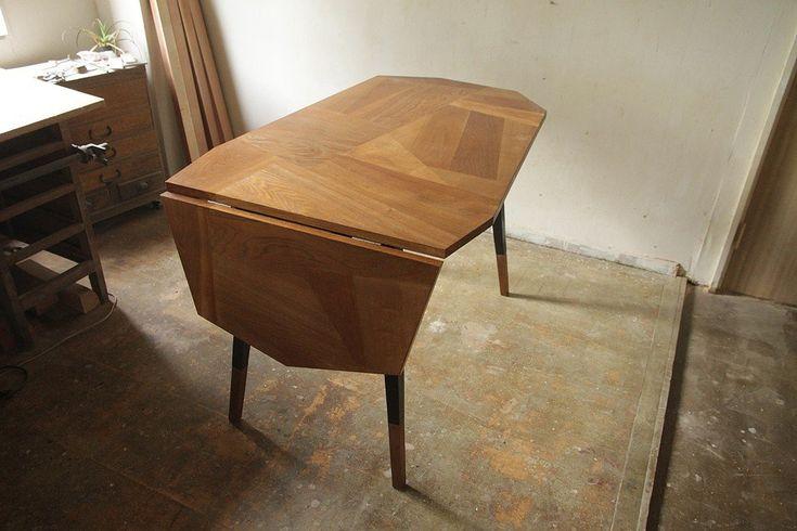 寄せ木のバタフライテーブル/鉄脚