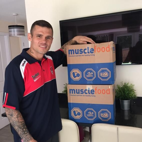 """Boxer Martin Murray- """"Got home from the press conference to this little beauty! Big thanks to @MuscleFoodUK & @jamezyw #HappyDays"""" www.musclefood.com"""