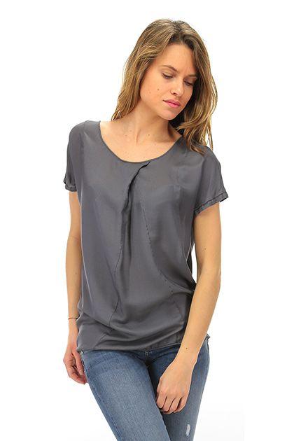 MANILA GRACE - T-Shirts - Abbigliamento - T-Shirt in viscosa e seta senza maniche.La nostra modella indossa la taglia /EU 42. - MD223 - € 99.00