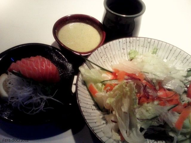 Salmon Sashimi with Japanese Dressing Salad, Sushi Tei