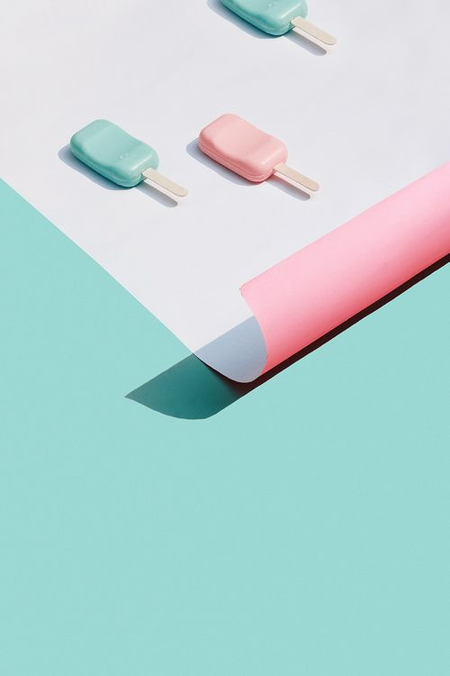 Pastel popsicles make us think of Spring and Summer.