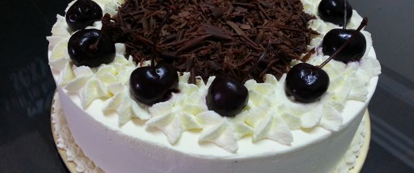 Authentic Black Forest Cake Schwarzwald Kirsch Kuchen Recipe - Genius Kitchen