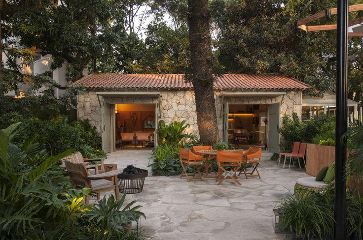 Casa Cor 2015/ A Casa da Gente : Jardins tropicais por Marina Linhares Decoração de Interiores