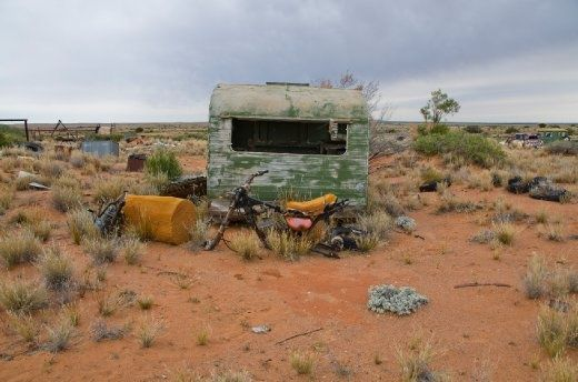 Flinders Ranges , Lyndhurst Australia | Abandoned caravan | who did it belong to, where it's been and why was it left there?