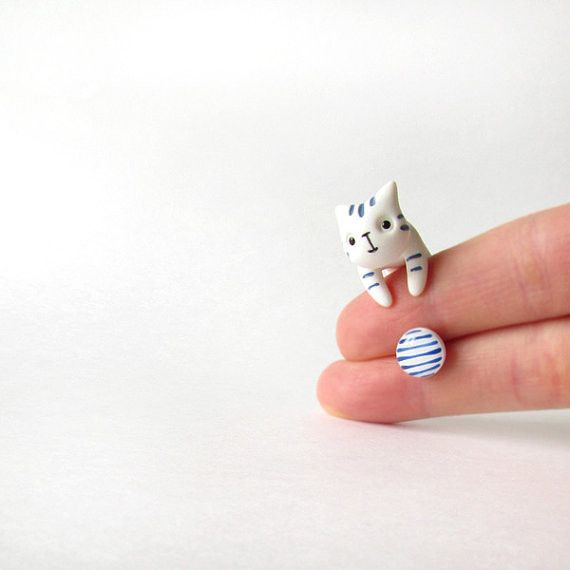 Sailor cat + one white/blue stud from catmadecom by DaWanda.com