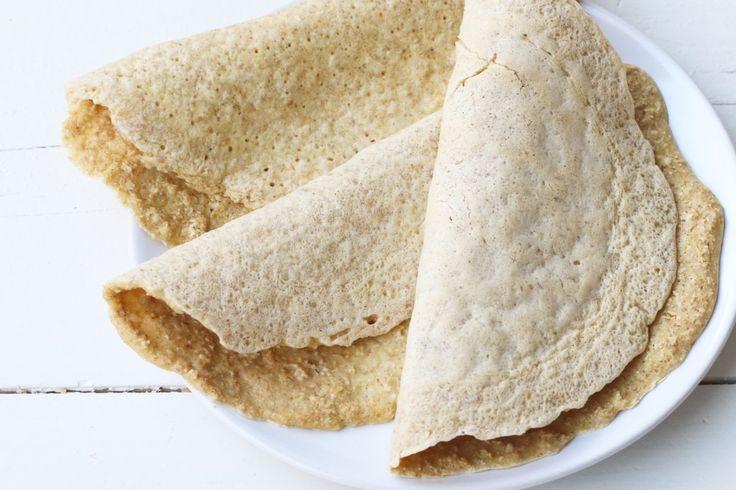 Velen van jullie vroegen om het recept van deze glutenvrije wraps van havermoutso here it is :DHet zijn eigenlijk meer een soort pannenkoeken die ik gebruik als wrap. Ik vul ze echt met van alles. In de ochtend met bijvoorbeeld banaan en pindakaas, als tussendoortje met honing en appel, maar...