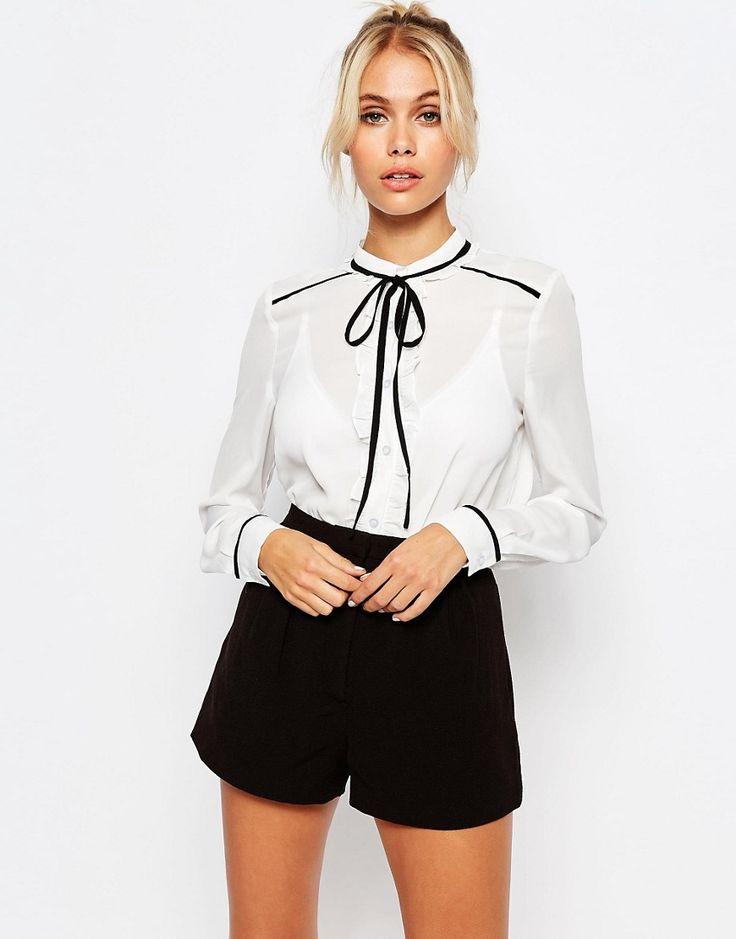 Blusa transparente con lazo anudado en contraste de Fashion Union