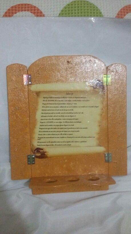 Porta Bíblia de parede
