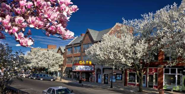 Illinois: Scenic Glen Ellyn, Illinois is a charming, picturesque, welcoming community that offers bi... - Tim Benson