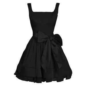 What great fit-and-flare style  lbd #little #black #dress