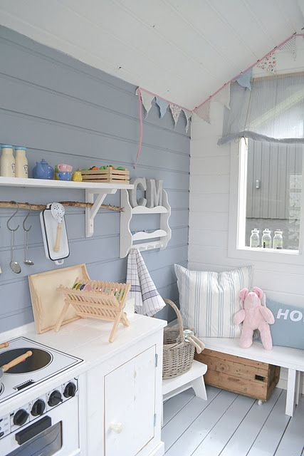 Best 25 wendy house ideas on pinterest painted for Wooden wendy house ideas