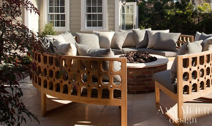 25 Best Ideas About Curved Outdoor Benches On Pinterest