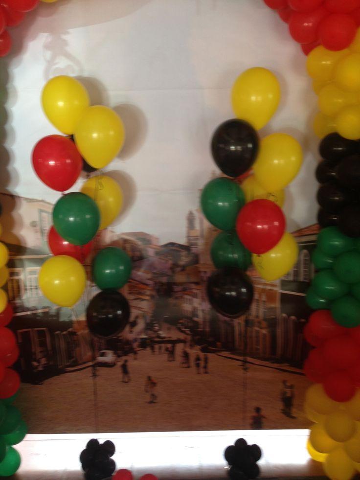 Bouquet de balões Tema olodum