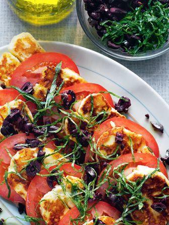 tomato and halloumi salad